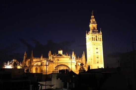 Hotel Casa 1800 Sevilla: View from level 3 of Casa 1800 Seville