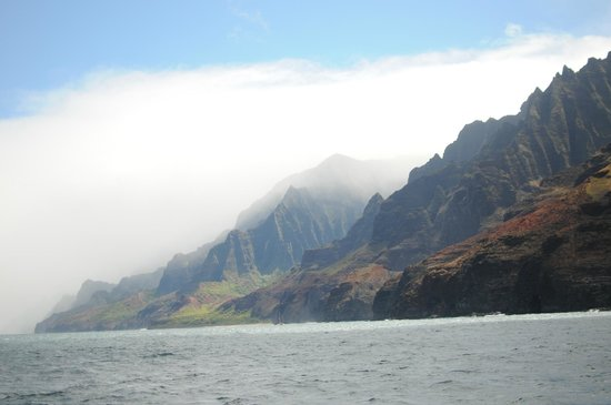 Captain Andy's Sailing Adventures: view of the napali