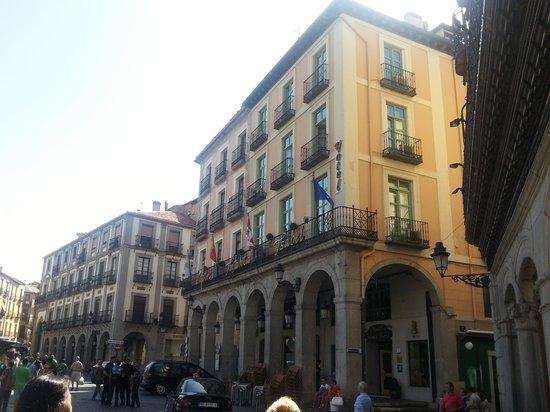 Infanta Isabel Hotel: Hotel