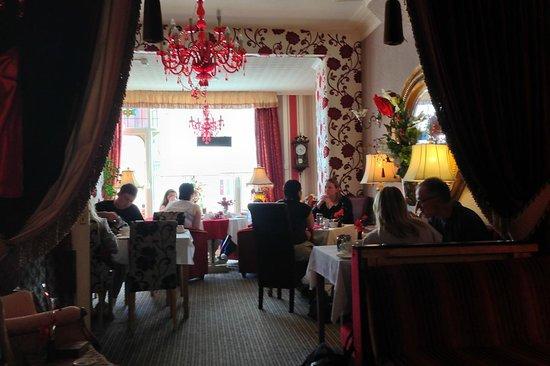 De-Lovely: Breakfast room