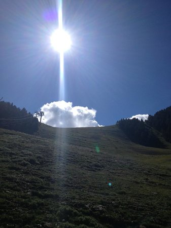 Xalet Refugi Pere Carné: View of the main ski run in La Molina from the centre