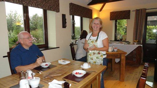 Bloodstock Barn Bed and Breakfast: breakfast room