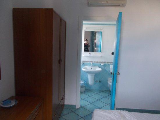 Hotel Villa Hibiscus: camera