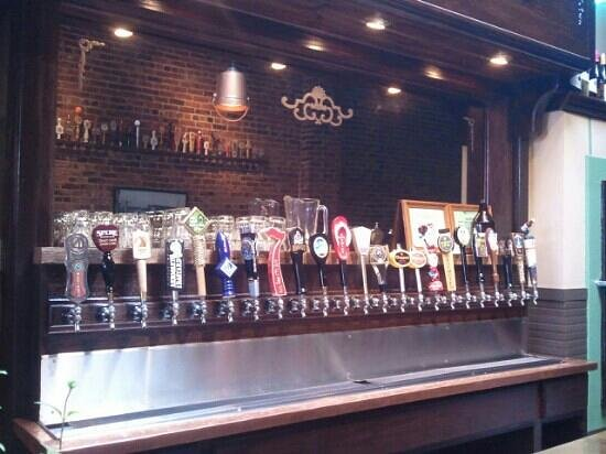 The Historic Mint Restaurant and Ale House: Beer taps at the Mint.