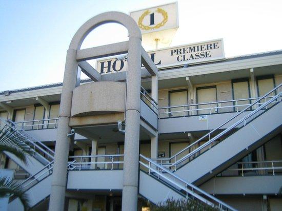 Premiere Classe Toulon - La Seyne Sur Mer: vista hotel