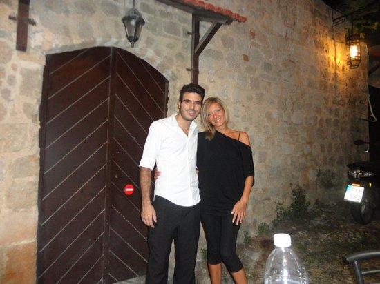 Archodiko Dimitris Tavern: vietta laterale Archodiko foto con Giorgio