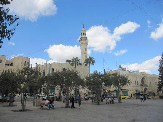 Bet Lehem HaGelilit, Israël: Vista de la mezquita y su entorno.