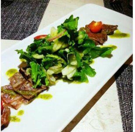 Simon Mansion Restaurant : Beef Takaki