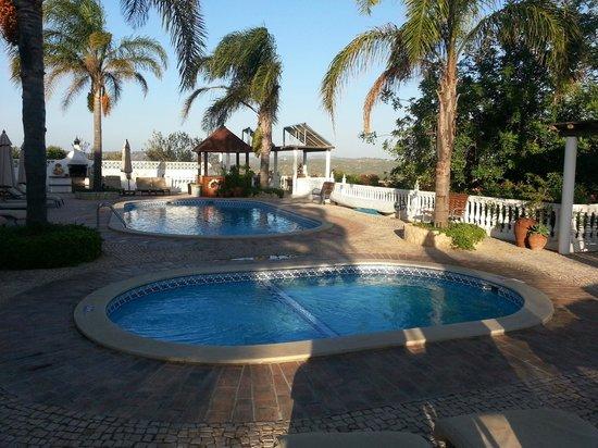 Vila do Ouro: Zwemmen
