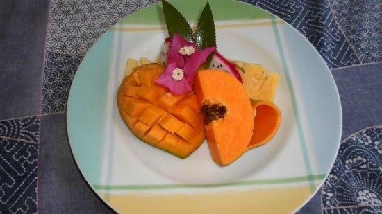 Riverside Inn Fuji Bentota: Früchte zum Frühstück - Variante 2