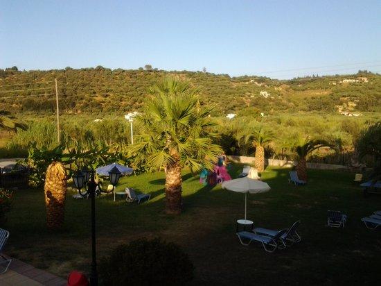 Park Hotel: the garden area
