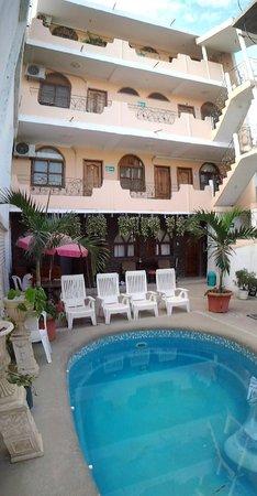 Piedra del Mar Hotel Boutique: Inside patio