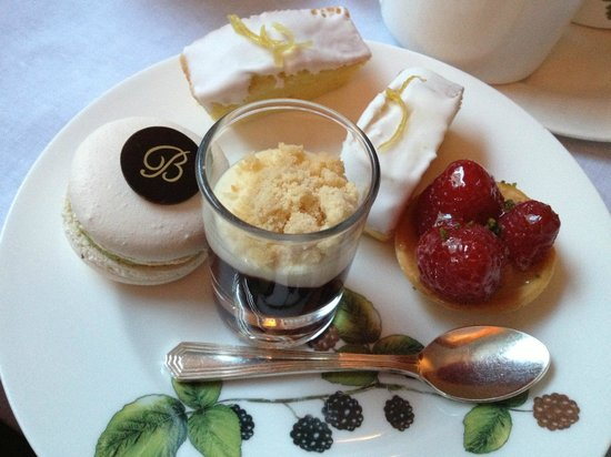 Brown's Hotel: Afternoon High Tea