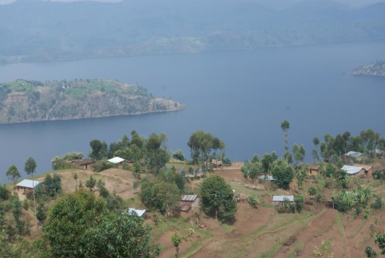 Virunga Lodge: One of the lakes below the lodge