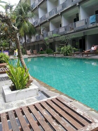 Champlung Mas Hotel: downstairs pool area