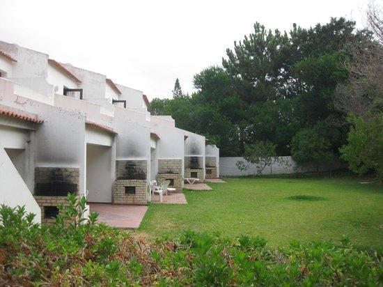 Alfamar Hotel : quintal nas traseiras