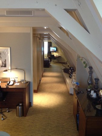 Crowne Plaza Amsterdam City Centre: Bridal suite it was lovely