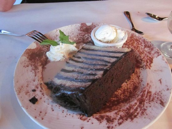 Rusty Scupper : Maryland Fudge Cake with Godiva Chocolate