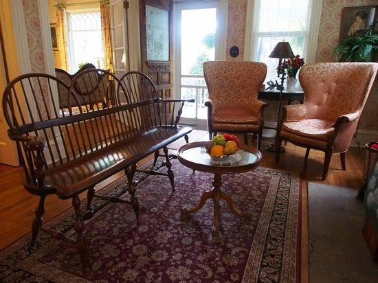 Thorp House Inn and Cottages : Livingroom