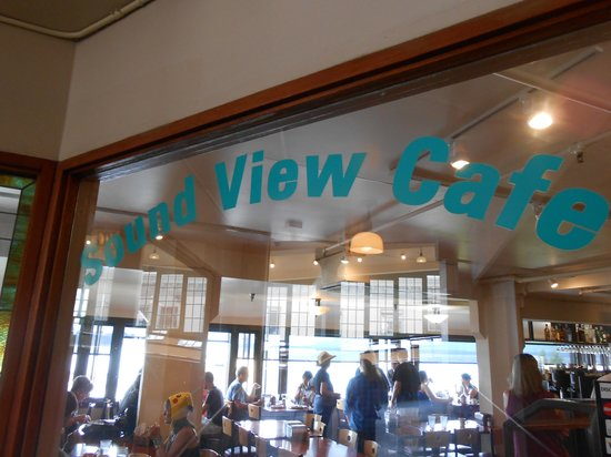 Sound View Cafe: Sign going in.