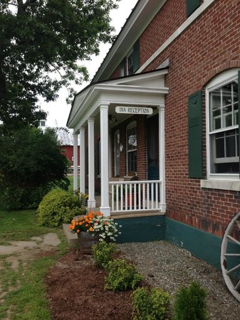 Inn at Mountain View Farm: Entrance to The Creamery