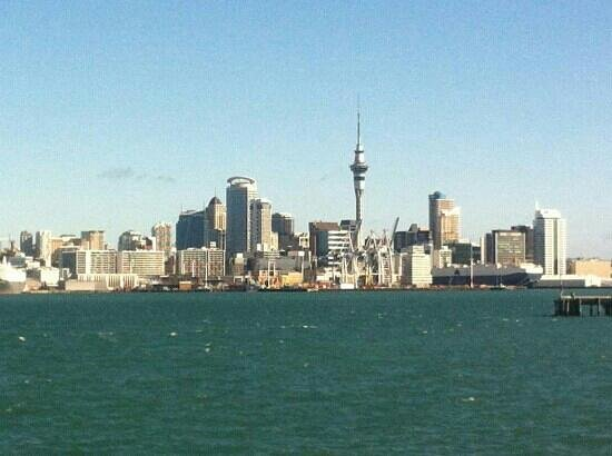 Auckland Hop On Hop Off Explorer: veiw of auckland city from devonport