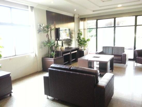 Luz Hotel: Hall