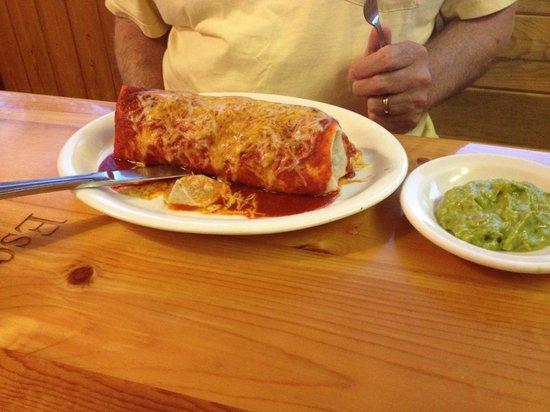 Escobars Mexican Restaurant: Beef Burrito