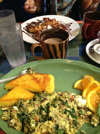 Morning Glory Restaurant: In the foreground is the aforementioned pesto, spinach, goat cheese scramble....YUM!