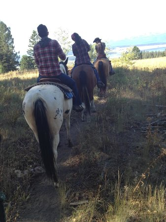 Parade Rest Ranch: Trail ride with vista views