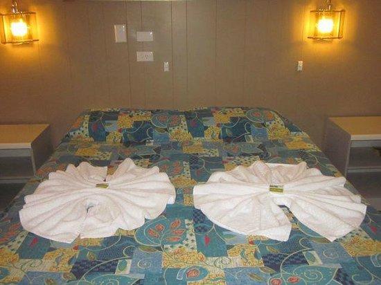 Riverview Motor Inn: Loved the towel arrangements!