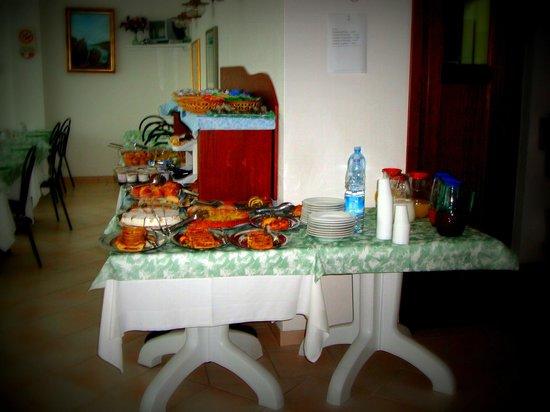 Hotel L'Ancora : Buffet do café da manhã