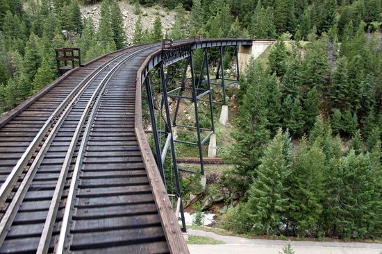 Georgetown Loop Historic Railroad: The narrow guage.trestle..