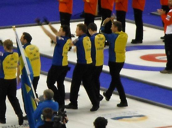 Save-On-Foods Memorial Centre : Team Sweden