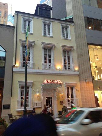 Alma de Cuba : outside of the restaurant