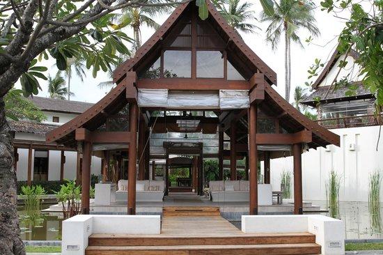 SALA Samui Resort And Spa: Hotel Entrance.