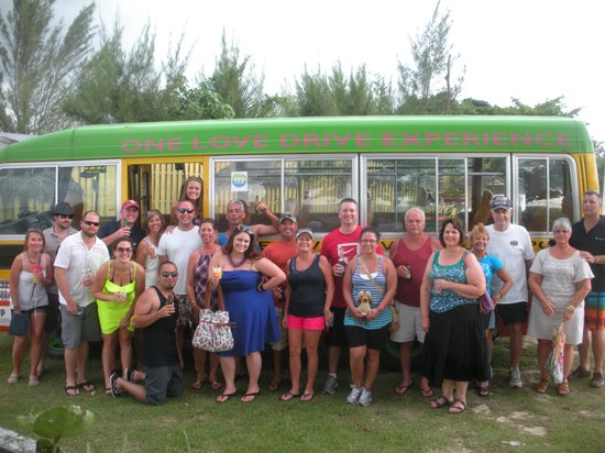 One Love Bus Bar Crawl: Awesome Tour!