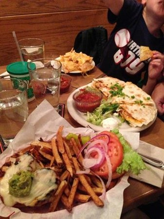 Mountain Sun Pub and Brewery : Our delicious meal...