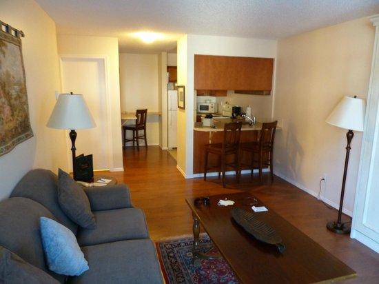 Heron's Landing Hotel: Suite view II