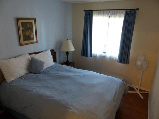 Heron's Landing Hotel: Bedroom view