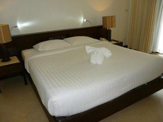 Aonang Villa Resort: Our bedroom
