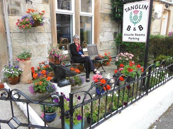 Tanglin B&B Front Courtyard