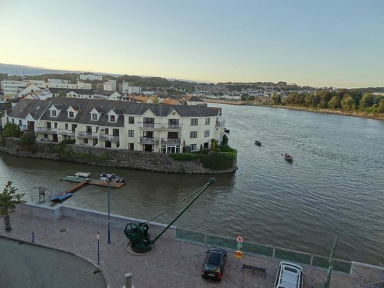 Waterford Marina Hotel: View from room 406 - River Suir