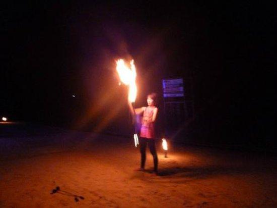 Baan Chaweng Beach Resort & Spa: Night life