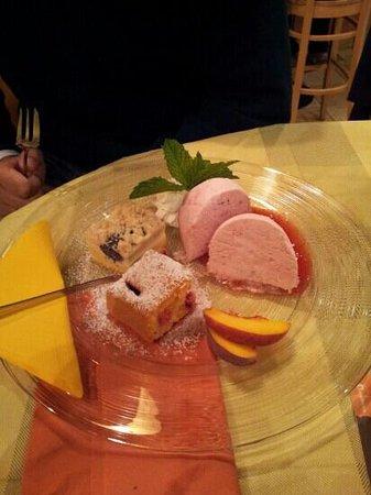 Restaurant Picknick: semifreddo al ribes rosso