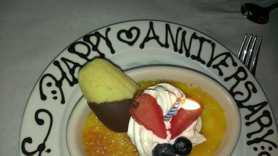 The Woods Restaurant: Our anniversary desert.