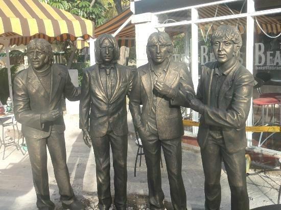 Beatles Bar: The Beatles