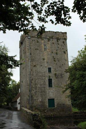 Thoor Ballylee: Der Turm, eine Überflutung zwang zur Schliessung