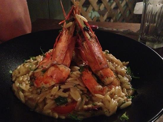 To Pinakio: decent enough prawns on odd flat rice/pasta stuff