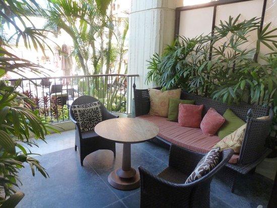 The Royal Hawaiian, A Luxury Collection Resort, Waikiki: Spa Suite Patio